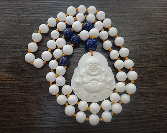 Natural jade pendant hand-carved Buddha beaded necklace