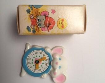 Avon Pin Pal Minute Mouse Pin
