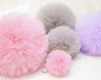 8'' Tulle Pom Pom- Party Decor, Nursery Decor, Baby Shower, Bridal Shower, Wedding, Birthday Party, Centerpiece