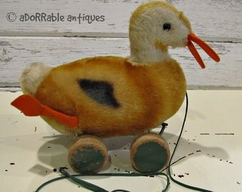 FOR SALE ~~ Vintage Steiff Mohair Duck Pull Toy on Wheels