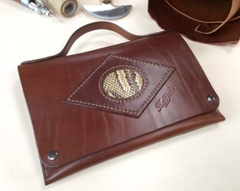 Top bag range for touch pads. Genuine leather, handmade by Koffpolo