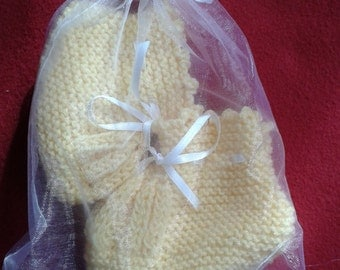 Yellow Hand Knitted Baby Bootees  0-3 months