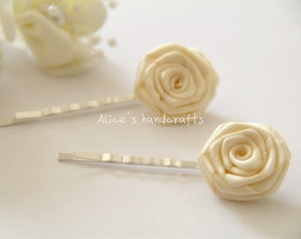 Set of 2 Double Faced Satin Ribbon Roses Ivory Bobby Pins. Handmade Bobby Pins. Ready to Ship
