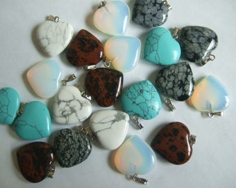 5 mixed Natural Stone Pendant Charms 19x20mm Heart