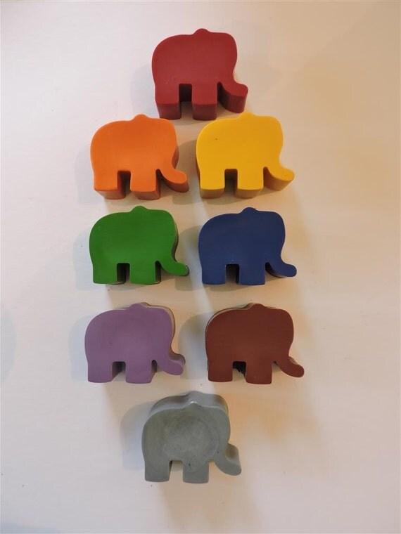 Crayon coloriage elephant