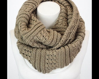 Womens Knit Infinity Scarf, Ribbed Infinity Scarf, Infinity Scarf, Scarf, Chunky Scarf, Gift for Her, Accessories, Warm Scarf Winter Scarf