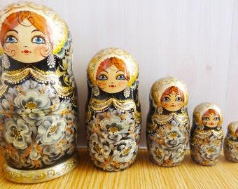 Nesting doll Black and white painting - nesting dolls russian matryoshka babushka nested doll matrioshka Stacking dolls kod979