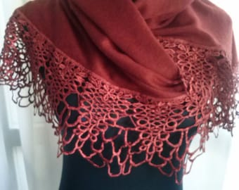 Scarf perfect gift. With her any woman feel beautiful. Perfect scarf for gift giving. With it, any woman feel beautiful.