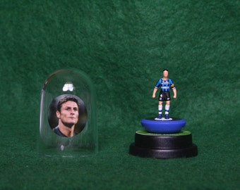 Javier Zanetti (Inter)  - Hand-painted Subbuteo figure housed in plastic dome.