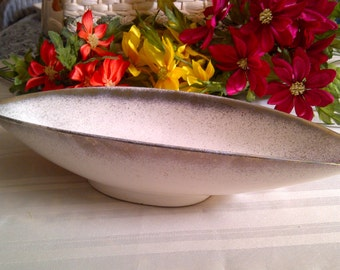 PRICED REDUCED: Was 25.00...Now 20.00 USA Pottery Console Dish. Ivory Color With Gold Dust And Trim. 1950's