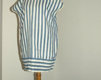 Robe Tunique  époque 1930  Tenue de bord de mer  en lin