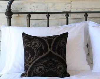 "SKULLY 15""x15""     Art Deco Throw Pillow"