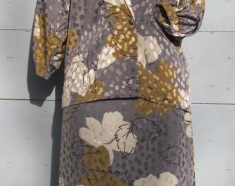 Jaquard skirt suit Vintage Grey and Beige