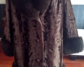 "DESIGNER SAMPLE FAUX Shirred Persian Lamb ""Fox"" trimmed Coat Size L"