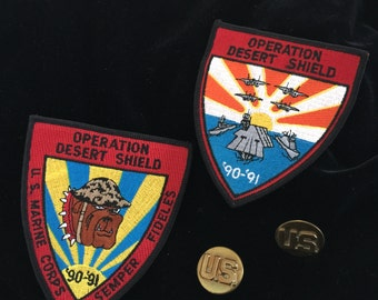 Desert Storm Patches and Buttons: Vintage Military 90's          VG0765