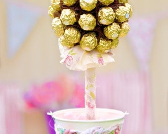 Sweet Tree - Ferrero Rocher, Table Centrepiece, Table Decoration, Wedding Idea, Party Decoration, Candy Buffet Table, Candy Bar, Weddings