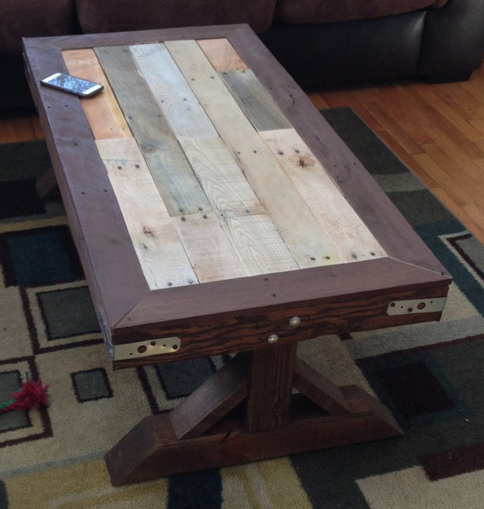 4x4 Leg Pallet Coffee Table by PalletsByBert on Etsy
