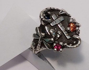 cross ring with sapphires
