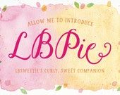 LBPie / A sweet, curly script / By Laura Bolter Design