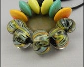 RESERVED FOR GRAZIELLA - Ginnovations lampwork, Banana Mint discs (6 beads)