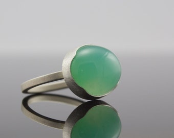 Chrysoprase Cabochon Ring - Bezel Set Gemstone Ring - Size 6.25 - Large Seafoam Oval Green Stone Ring - Artisan One of Kind Statement Ring