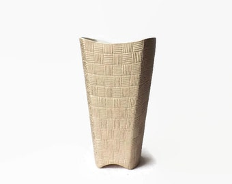 Shawnee Pottery Vase Mid Century Modern Home Decor Vintage Atomic Pink and Gold Metallic Basketweave