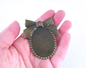 8 30x40mm brass bow settings for large cameos, cabochons and resin