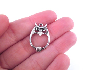 small silver owl charms pendants 24x17mm, pick your amount, D249