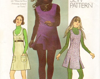 Simplicity 9623 Mini Jumper or Tunic & Short Shorts Size 10 VINTAGE 1970s  ©1971