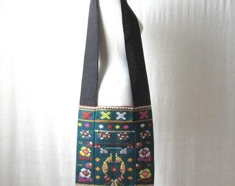 SALE Fringe Purse Crossbody Bag Geometric Flower Shoulder Bag Ethnic Bag