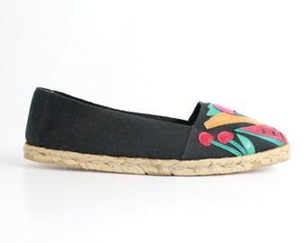 size 9 | Vintage Black Espadrille Flats | Black Espadrille with Leather Appliqués  | 40