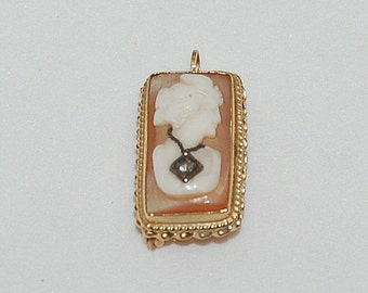 Vintage Cameo Habille Pendant or Brooch 14 K with Diamond