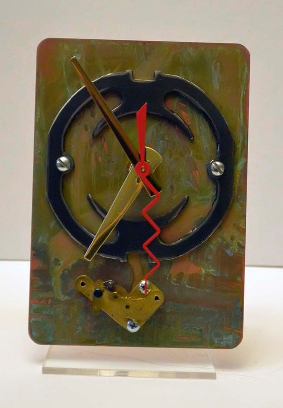 Unique steampunk techi recycled art desk clock copper with for Cool nightstand clocks