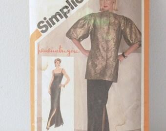 Simplicity Elegance- Pattern 9800 Size 6