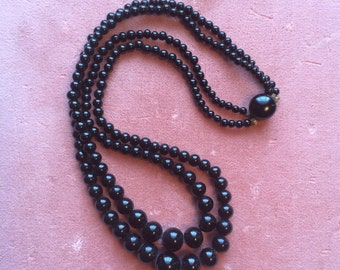 Vintage 1940s 1950s Black Glass Beads Necklace Choker Double Strand Graduated