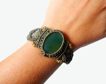 Green Onyx Macrame Bracelet - Your Stone for Strength- ethereal healing crystal band