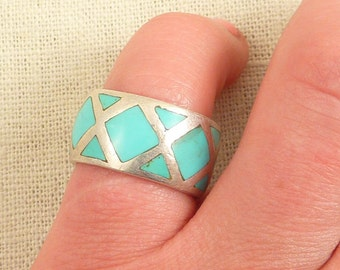 Size 6 Vintage Turquoise Inlaid Tile Sterling Ring