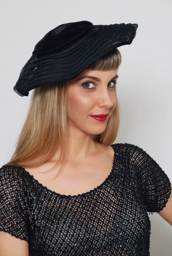 Vintage 50s tilt hat black velvet amp horsehair tiered wide brim mesh
