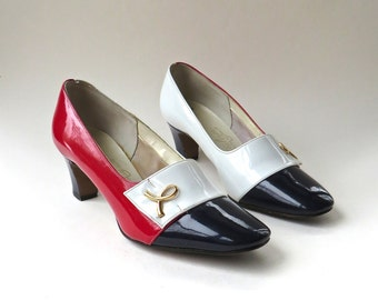 60s vintage Red, White and Navy Blue Mod Pumps / Naturalizer