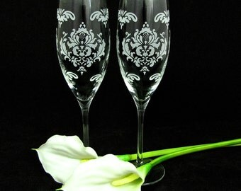 2 Damask Wedding Toasting Flutes, Personalized Fine Crystal, Engraved Present for Couple