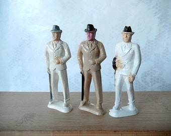 vintage Beton figurines, 3 gentlemen, men in suits, vintage collectible, miniature figurines