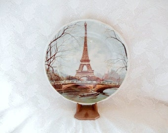 Eiffel Tower Paris,  vintage collectible ceramic plate, by Artertre, decorative plate