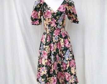 80s Floral Sundress size Small Sexy Romantic Plunging Neckline