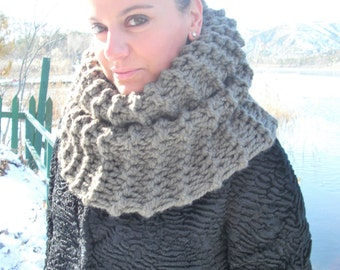 Thick Cowl Scarf  Knit Scarf  Chunky Cowl  Scarf  Womens Circle Scarf  Handmade   Barley Brown  winter Knit  Accessories