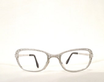Mod White Gold Eyeglass Frame. 1/20 12KT GF Metal Glasses. Pebbled. Wide Cat Eye Space Age Rocket Astro Metallic. Shimmer. sale.