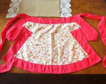 Vintage 1950s Red Floral Trimmed Half Apron