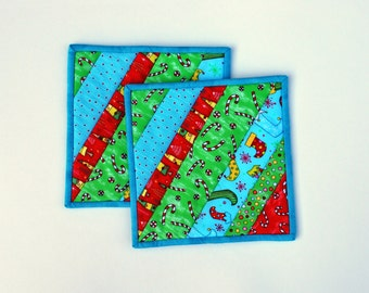 Cotton Quilted Potholders snackmats Crazy Christmas set of two