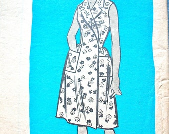 Vintage Sewing Pattern to make 60s OnePiece Dress 9012  Bust 31 inches