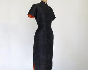 LADY SHANGHAI // black silk cheongsam 1950s wiggle dress XS / S