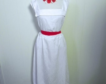 Vintage Plus Dress 40s 50s White Sun Dress with Sailor collar PLUS XXL - on sale